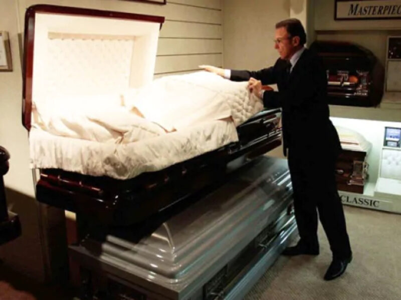 'Death doesn't just stop': How funeral homes are coping with COVID-19